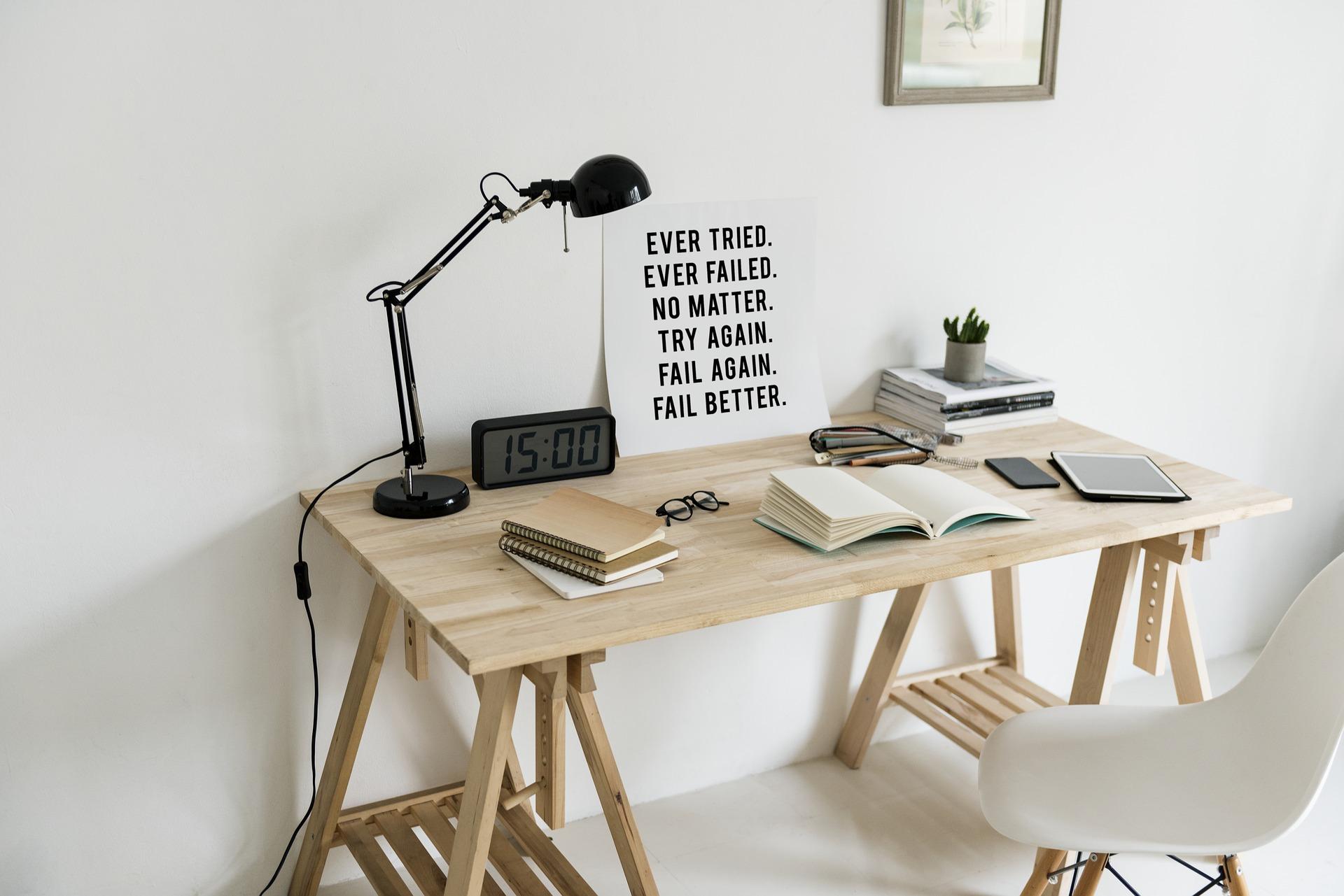 workspace-2985783_1920
